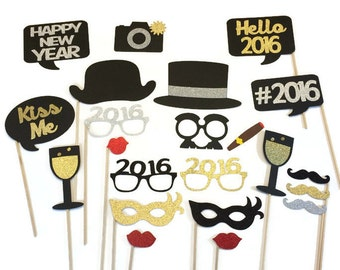 2018 New Years Eve Photo Booth Props -22 Piece New Years Party Props - GLITTER photo props-You Pick the Year