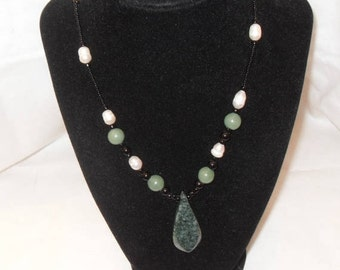 Jade Baroque Pearl necklace, Green Moss Agate Pendant, Green Jade Beads Green gemstone necklace gemstone jewelry, Gift for her, Gingerslittl