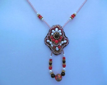 Coral, Onyx and pearl beadwork necklace