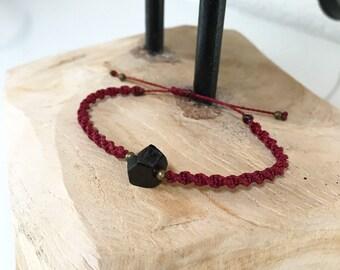 Bracelet • Garnet •