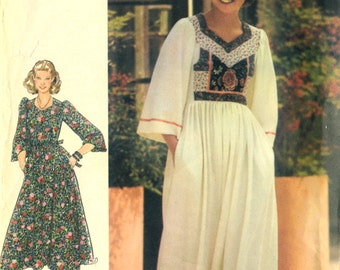 """Vintage 70s Butterick 5549 Junior Miss UNCUT Boho Dress with Applique Bodice and Ribbon Trim Sewing Pattern Size 7 Bust 31""""."""