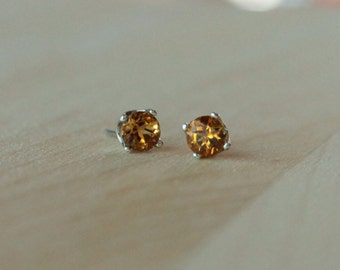 5mm Citrine Argentium Silver Earrings - Nickel Free Hypoallergenic Stud Earrings
