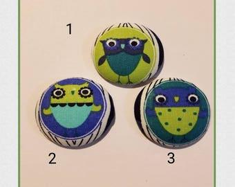 Blue owl badge holder
