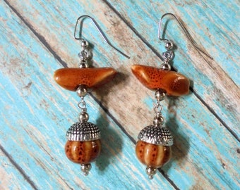Rustic Orange Acorn Earrings (4010)