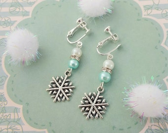 Snowflake Clip On Earrings, Childrens Earrings, Kids Jewellery, Pretty Jewelry, Children's Fashion, Blue Earrings, Snowflake Charm, Sparkly