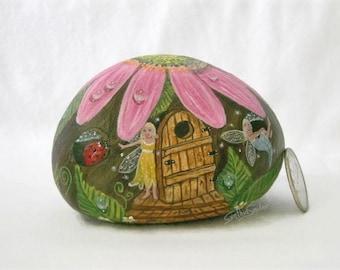 Painted rock, painted stone, fairy house, pink daisy, daisy house, fairy door, lady bug, garden decor, bumble bee, painted rock house, fairy