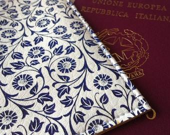 Passport cover flowers