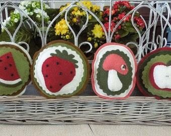 Summertime Pincushions Pattern