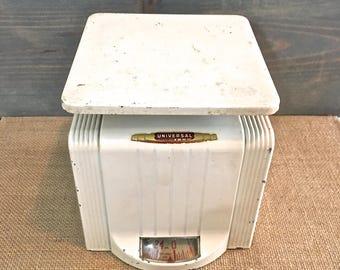 Vintage White Kitchen Scale- Art Deco Style