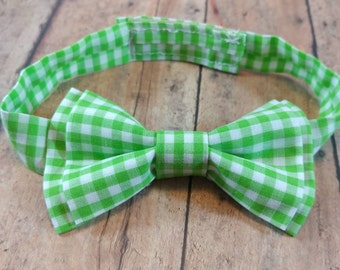 Easter bow tie. Baby boy bow tie. Boy Easter Bow Tie. Toddler Easter bow Tie. Green Bow Tie. Toddler Green Bow Tie. Easter Green Bow Tie