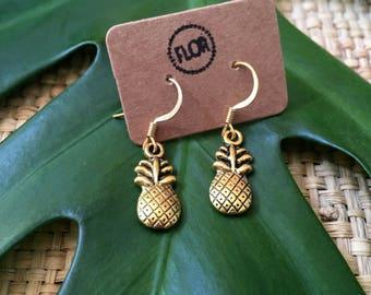Summer pineapples earrings - Earrings with goldtone pineapple charms