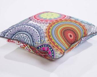 Deco pillow Balota