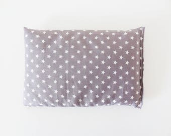 Baby bottle (grey/purple fabric) / flax seed heating pad