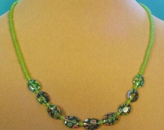 """Pretty GREEN 17"""" Milliflori Necklace - N356"""