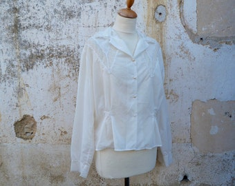 Vintage 1950/50s cream semi sheer lace blouse  size M/L