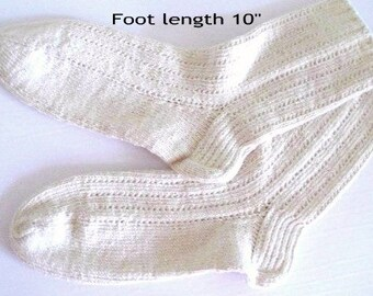"Socks cotton hand knit. Foot length 10"". Non elastic diabetes friendly socks . Reinforced heel. Off -white color. Bed socks. Ready to ship"