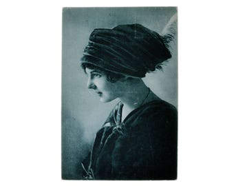Vintage Real Antique Black & White Toning Photo Postcard Beautiful Girl Fashion Love 1916 Hungary Collection Photography
