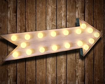 Marquee Arrow (Fun Fair Sign & Light // Vintage themed // Wedding // Distressed // Home lighting)
