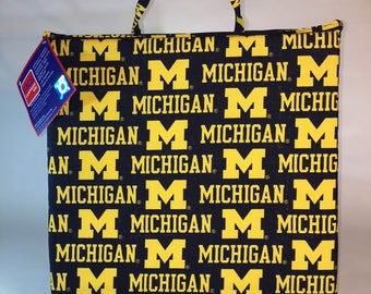 University of Michigan Seat Cushion-Michigan Wolverines Stadium Seat-Bleacher Cushion-Stadium Cushion