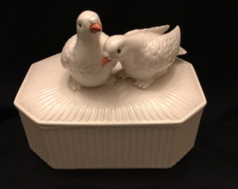 Fitz and Floyd Loving Doves Box, 1975