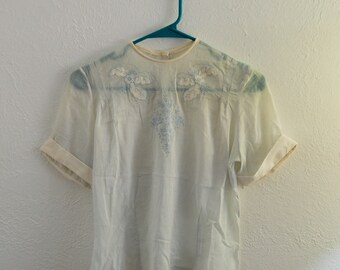 S/M Vintage 50s/60s Sheer White and Blue Embroidered Blouse