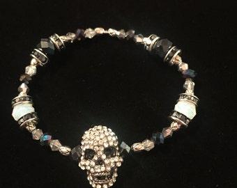 Black and white crystal stretch bracelet
