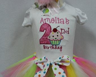 Girls Second Birthday Outfit, Girls 2nd birthday outfit,Second birthday shirt, birthday tutu, birthday headband, Girl cupcake birthday shirt