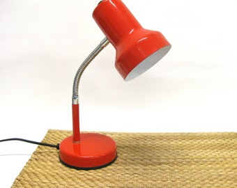 Vintage red metal desk lamp made in Italy