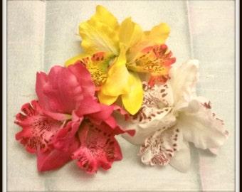 Pinup Style Hair Flower Trio - Alligator clip