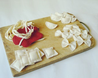 PDF Sewing pattern Pasta set - Fettuccini, Ravioli, Bow ties felt food DYI tutorial - instant download - super easy ENGLISH and Italian
