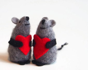 Valentines day gifts for kids etsy wool waldorf mouse toy mouse valentine mouse stuffed animal kids valentine negle Gallery