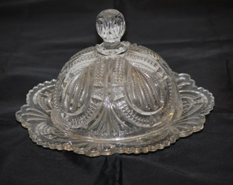 Butter Dish Vintage Pressed Glass Covered Dome Lid Fan Star Ptrn 4 Leaf Clover