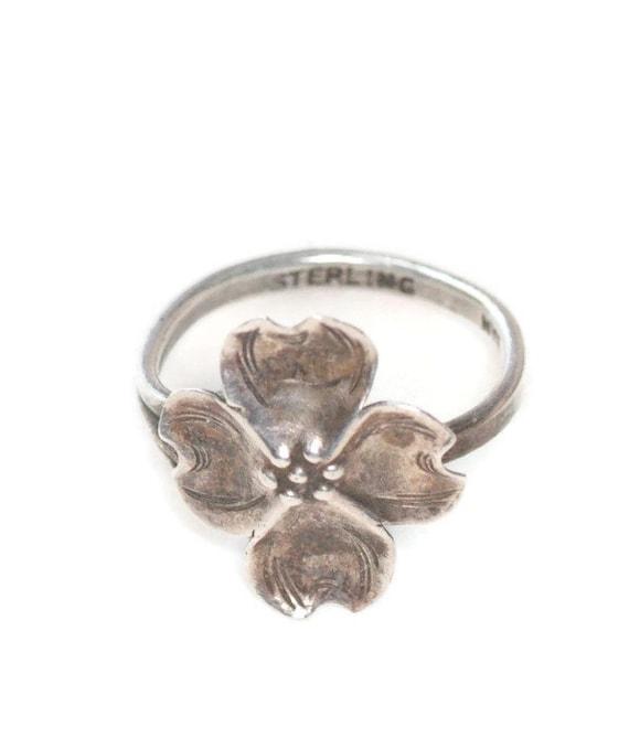 Vintage Sterling Silver Dogwood Ring Adjustable Stuart Nye Designer Signed