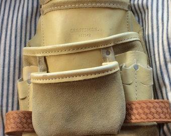 VINTAGE LEATHER FANNYPACK, tool belt bag, craftsman sears workmans bag, creamy tan