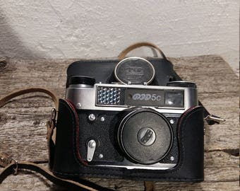 FED 5 Camera with Original Case, Vintage Rangefinder Camera with lens Industar-61