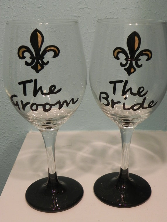 Black and Gold Bride and Groom Wine Glasses