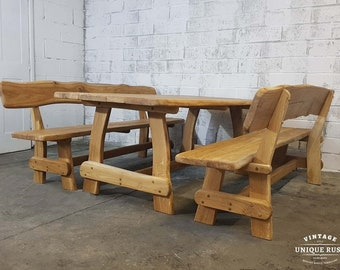 Oak table with 2 benches