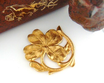 BRASS * Irish Shamrock ~ Four Leaf Clover Stampings ~ Jewelry Ornament Findings ~ Brass Stamping (FA-6051)