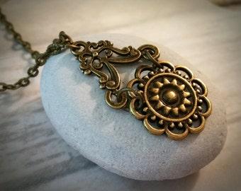 Vintage Necklace / Boho Necklace / Victorian Necklace / Bronze Necklace / Bohemian Necklace