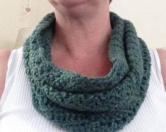 Ladies Green Jade Crocheted Cowl Infinity Scarf Wool