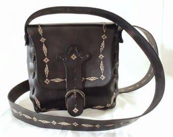 Leather shoulder bag, tooled, black
