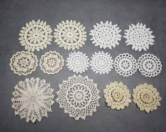 14 Vintage Deckchen in natürlichen Farben, Beige, Ecru, weiß und Off White kleine häkeln Deckchen, 2,5 bis 4 Zoll Deckchen, häkeln Mandalas