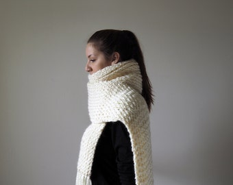 Oversized Chunky Knit Cream Ribbed Scarf