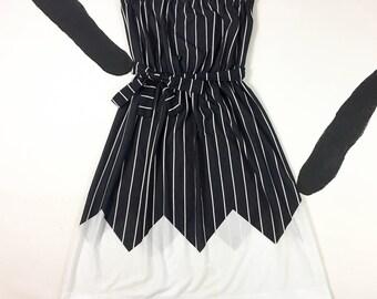 1980's strapless new wave sun dress 80's black white vertical striped tie belt sexy summer dress / elastic disco / Avon Fashions L XL 13 14