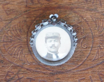 Antique French Mourning Picture Brooch with Original Photo