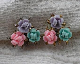 Vintage 1950s Spring Flower Earrings