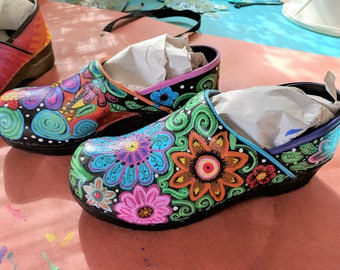 CUSTOM PAINTED or TIEDYE Dansko / Sanita shoes professional nursing teaching medical waitress hairdresser