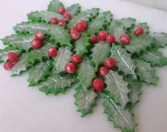 Marzipan Silver Holly Leaves (50) and berries (50) - fondant holly leaves- fondant berries - Christmas cake decorations - Christmas cupcake