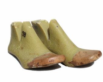 women plastic shoe lasts,women shoe molds,antique decor,resin shoelasts,plastic with wood shoelasts,cobbler tools,sizes36,37 38,39,40,41