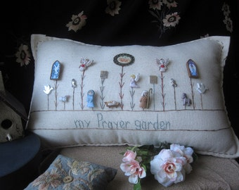 My Prayer Garden Pillow (Cottage Style)
